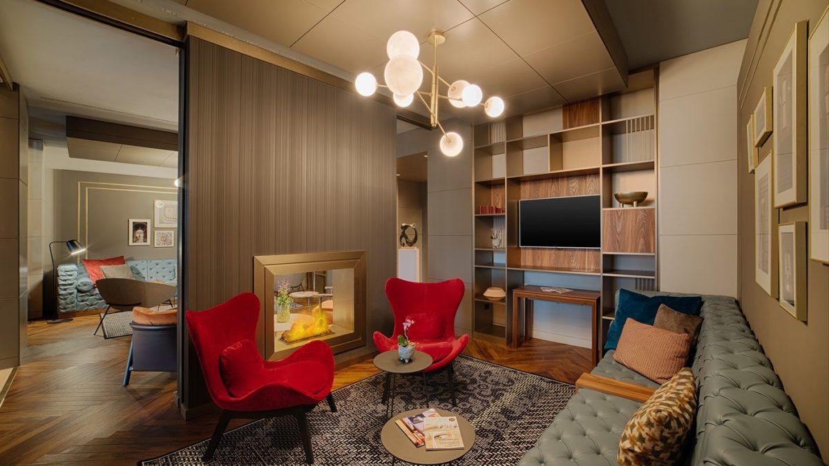 Fireplace, il salotto con camino diventa un elemento esperienziale della nuova Lobby